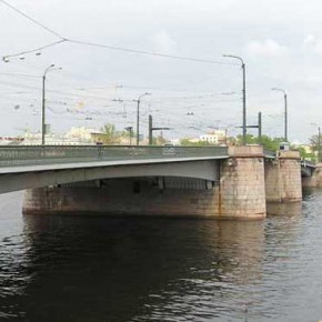 Осенние ограничения движения по Гренадерскому мосту