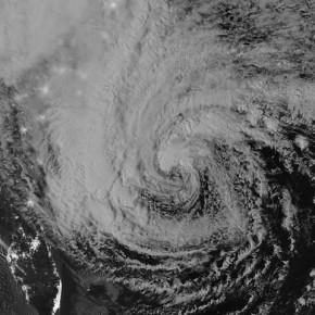 Первые последствия урагана Сэнди в США