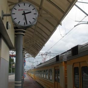 Поезда перешли на зимнее расписание, часы не переводим