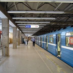 Запрет на фотографирование в петербургском метро стал официальным