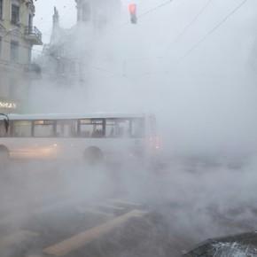 Коммунальная авария на углу Вознесенского и Садовой спровоцировала пробки
