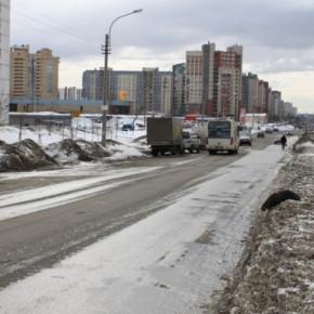 Водитель иномарки сбил троих детей на Комендантском проспекте