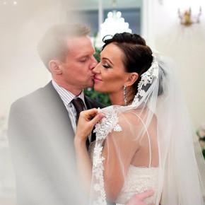 Малафеев лично опубликовал фотографии с прошедшей свадьбы с Комяковой