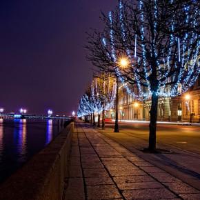 В новогоднюю ночь перекроют мосты и Дворцовую набережную