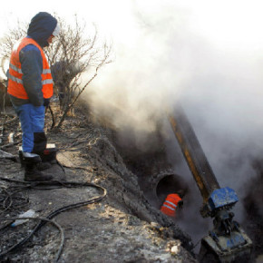 Авария в Колпино: еще одна ночь без тепла