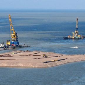 Быть или не быть намыву территорий в Петербурге?