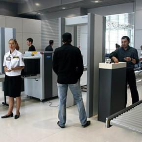 Досмотры на вокзалах вскоре станут общероссийской нормой