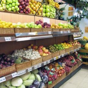 На российские прилавки попала партия опасных фруктов и овощей с пестицидами и нитратами