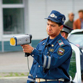 Дума рассмотрит законопроект о лишении прав за превышение скорости