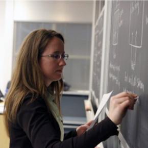 Полтавченко: средняя зарплата учителей в 2013 году составляет 34 тысячи рублей