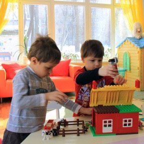 Смольный: через 5 лет очереди в детские сады будут ликвидированы