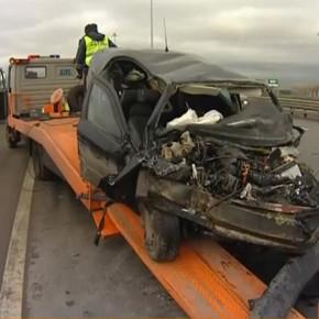 ДТП на вантовом мосту: насмерть сбит водитель КАМАЗа
