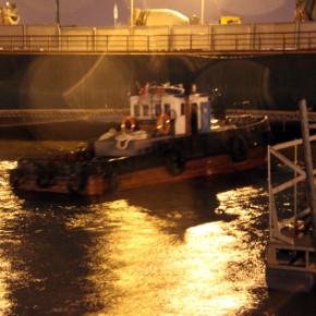 Затонувший на Неве буксир РБТ-300 вместе с жертвами начнут поднимать 20 апреля