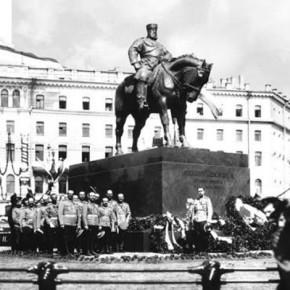 Перенос памятника Александру III: если не на Восстания то как минимум на Конюшенную