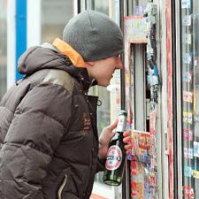 В Госдуме рассматривают закон о запрете алкоголя до 21 года