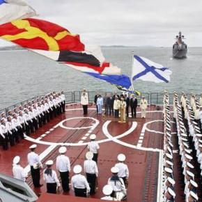 День Балтийского флота-2013 отметят в Кронштадте парадом кораблей