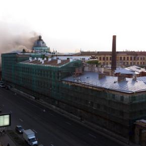 Пожар в Технологическом институте тушат 20 единиц техники
