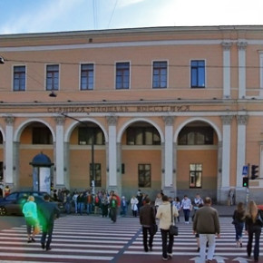 Ремонт станций метро Площадь Ленина и Восстания продлится до января 2014