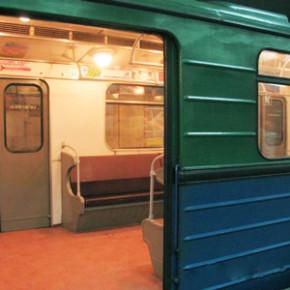 Каждый перевезенный пассажир ночного метро обходится Петербургу в 350 рублей