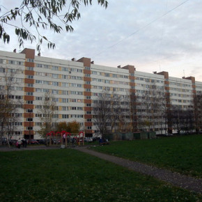 На Партизана Германа 11-летний мальчик сорвался с балкона 5 этажа