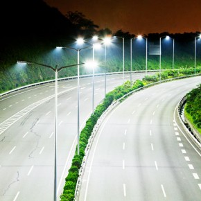 Темный участок Софийской улицы осветят к концу октября