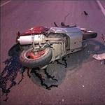 В ДТП на Киевском шоссе с участием грузовика погиб мотоциклист