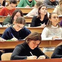 В топ-100 рейтинга лучших университетов мира 2013/14, российские ВУЗы не попали