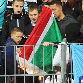 Зенит оштрафован на полмиллиона за попытку фанатов сжечь флаг Чечни
