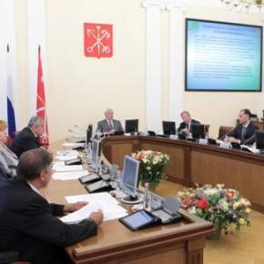 Бюджет Петербурга на 2014 год одобрен Смольным с дефицитом в 39 миллиардов