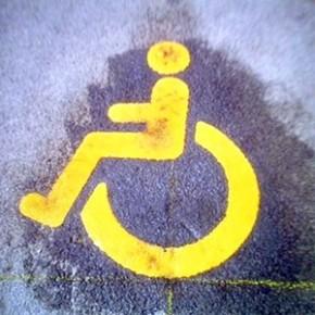 Петростат насчитал в Петербурге 700 тысяч инвалидов, из них 14 тысяч - дети
