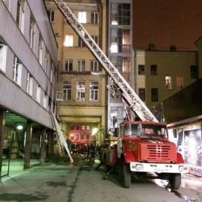 Пожар на Лиговском проспекте: в здании лофт-проекта