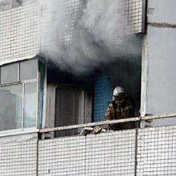 Пожар в Сланцах: в горевшей квартире погиб человек