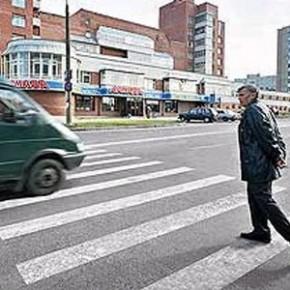 В Петербурге в трех ДТП сбиты пешеходы: в больницу попал ребенок, двое пенсионеров скончались
