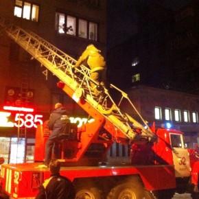 Пожар в Выборге: из горящего жилого дома спасены 19 человек