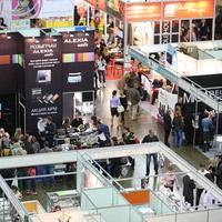 «Premium» рассказали о профессиональной косметике и провели семинары на выставке