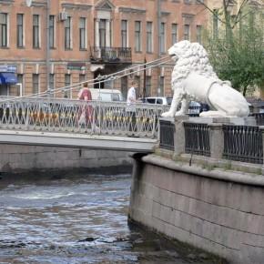 В канале Грибоедова неподалеку от Театральной площади утонул мужчина