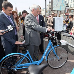 Общественный прокат велосипедов заработал в центре Петербурга