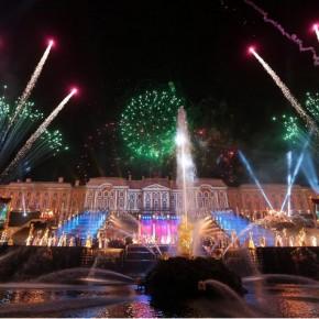 Закрытие фонтанов-2014 в Петергофе продлится 3 дня, работа в летнем режиме - до октября