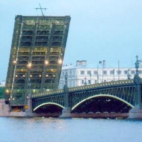 Окончание навигации и разводки мостов в 2014 году назначены на 30 ноября