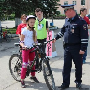 Велодорожки в Санкт-Петербурге получили разметку