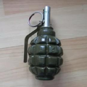 Третий оружейный склад отняли у петербуржца в Ломоносове. Хозяин склада поддерживает украинских националистов