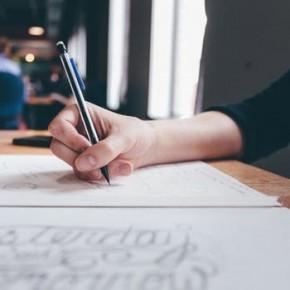 Изучение английского на дому: преимущества уроков по скайпу