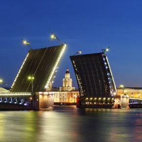 Дворцовый мост частично пререкроют