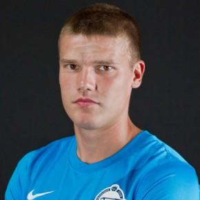 С 1 ноября Денисов вернулся в основу Зенита