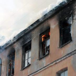Погорельцев с Подъездного 13 поселят в общежитие в Славянке