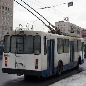 На Славе обстреляли троллейбус