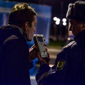 МВД: будем проверять пьяных пешеходов алкотестерами