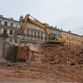 Снесенный дом Рогова отстроят заново к концу года