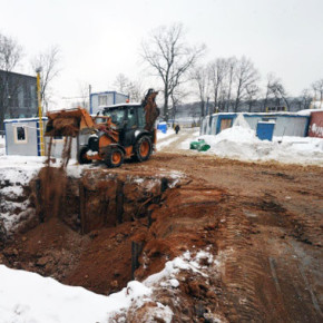 Строительные работы на бывшем Фарфоровском кладбище удалось приостановить