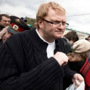 Милонов: закон о митингах смягчим